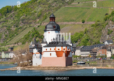Pfalzgrafenstein Castle is located on the Rhine River near the town of Kaub Germany.  The castle is a medieval knight's castle and served as a toll  - Stock Photo