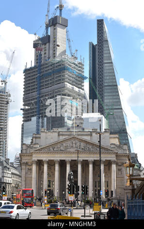 New buildings, The Pinnacle in Bishopsgate and The Leadenhall Building on Leadenhall Street tower over the Royal Exchange at the junction of  Lombard  - Stock Photo