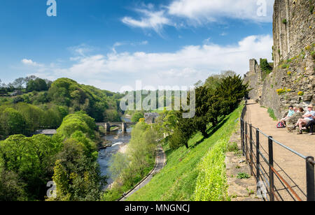River Swale at Green Bridge Richmond, Yorkshire. - Stock Photo