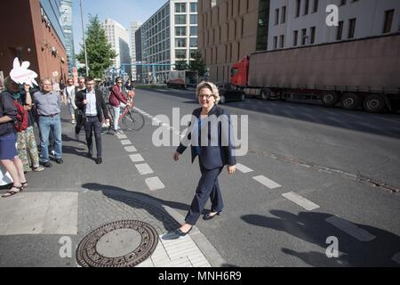 17 May 2018, German, Berlin: Svenja Schulze, German Environment Minister (SPD), arrives at a Campact demonstration outside her ministry. Activists are campaigning for a glyphosate ban. Photo: Jörg Carstensen/dpa - Stock Photo