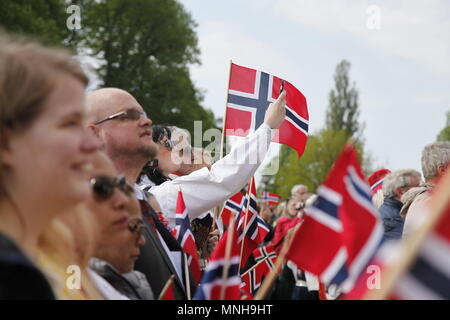 Oslo, Norway. 17th May, 2018. People attend National Day celebration in Oslo, capital of Norway, May 17, 2018. Credit: Zhang Shuhui/Xinhua/Alamy Live News - Stock Photo