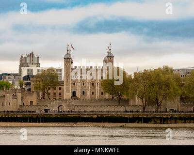 The Tower of London and River Thames, London, UK. - Stock Photo