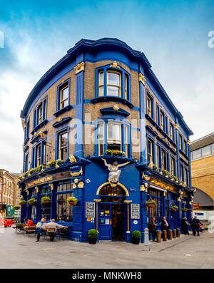 The Shipwrights Arms,  Grade II listed public house at 88 Tooley Street, London Bridge, London, UK. - Stock Photo