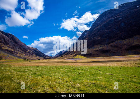 The 'U'-shaped valley of Glen Coe in the Highlands of Scotland shows its history of glaciation and previous volcanic development. - Stock Photo