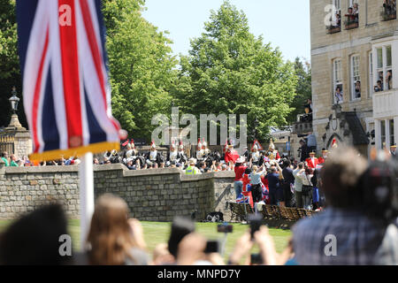Windsor, UK, 19 May 2018.Royal wedding 19th May 2018 Prince Harry and Meghan Markle leaving Windsor Castle after ceremony - Stock Photo