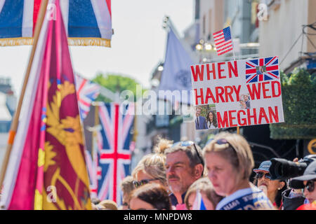 Windsor, UK. 19th May 2018. The royal wedding of Prince Henry (Harry) of Wales and Ms. Meghan Markle in Windsor. They become the Duke and Duchess of Sussex. Credit: Guy Bell/Alamy Live News - Stock Photo
