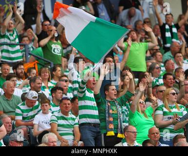 Hampden Park, Glasgow, UK. 19th May, 2018. Scottish Cup football final, Celtic versus Motherwell; Celtic fans celebrating Credit: Action Plus Sports/Alamy Live News - Stock Photo