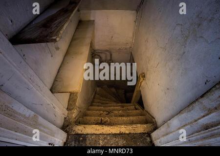 Scary Basement Stock Photo 25407280 Alamy
