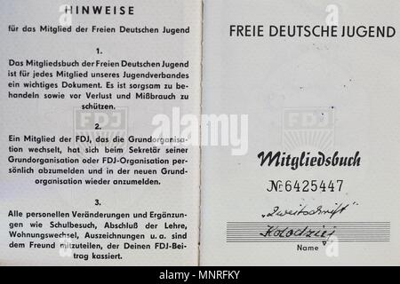 FDJ Freie Deutsche Jugend membership book. 1960s, 1970s. Belonging to Thomas Koladzieg born 15/5/1949. - Stock Photo