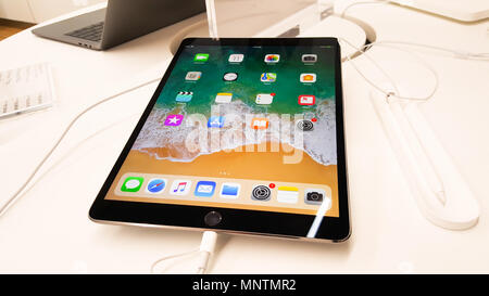 BANGKOK, THAILAND - NOVEMBER 11, 2017: iStudio Shop at CentralWorld Shopping Mall is showing iPad Pro with Apple Pencil for a customer to test the iPa - Stock Photo
