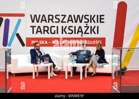 Warsaw, Poland. 19th May 2018. The four-day 9th International Warsaw Book Fair took place in the Polish capital city. The book fair in Warsaw is one of the oldest fairs in Europe. Meeting with Fernando Aramburu. Credit: dario photography/Alamy Live News - Stock Photo