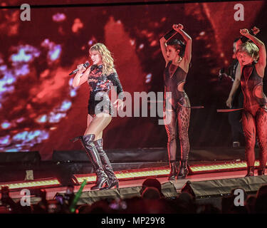 Pasadena, CA, USA  18th May, 2018  Taylor Swift performs
