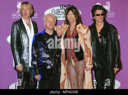 AerosmithAerosmith -1A - Aerosmith -1A  Event in Hollywood Life - California, Red Carpet Event, USA, Film Industry, Celebrities, Photography, Bestof, Arts Culture and Entertainment, Topix Celebrities fashion, Best of, Hollywood Life, Event in Hollywood Life - California, Red Carpet and backstage, ,Arts Culture and Entertainment, Photography,    inquiry tsuni@Gamma-USA.com ,  Music celebrities, Musician, Music Group, 1993 to 1999 - Stock Photo