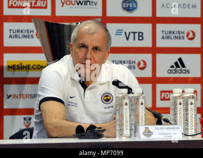 Belgrade, Serbia. 19th May, 2018. Fenerbahce head coach Zeljko Obradovic speaks during the press conference prior to Final Four Euroleague final basketball match between Real Madrid and Fenerbahce in Belgrade, Serbia, Sunday, May 19, 2018. Credit: David Svab/CTK Photo/Alamy Live News - Stock Photo