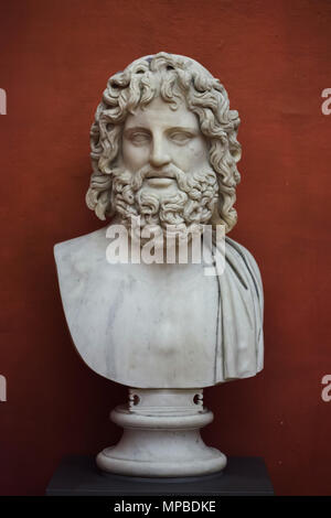 Head of Zeus. Roman marble copy from the late 2nd century AD based on a Greek original attributed to late Classical sculptor Leochares on display in the Uffizi Gallery (Galleria degli Uffizi) in Florence, Tuscany, Italy. - Stock Photo