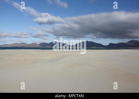 Luskentyre beach on the Isle of Harris, Scotland at low tide. - Stock Photo