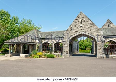 Bournemouth Crematorium, Strouden Ave, Bournemouth, Dorset, UK - Stock Photo