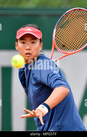 Paris, France. 23rd May, 2018. Liu Fangzhou of China returns the ball to Destanee Aiava of Australia during the women's singles Qualification 1st round match of French Open in Paris, France on May 23, 2018. Liu won 2-1. Credit: Chen Yichen/Xinhua/Alamy Live News - Stock Photo