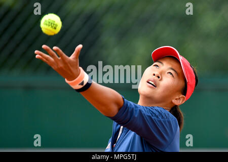 Paris, France. 23rd May, 2018. Liu Fangzhou of China serves to Destanee Aiava of Australia during the women's singles Qualification 1st round match of French Open in Paris, France on May 23, 2018. Liu won 2-1. Credit: Chen Yichen/Xinhua/Alamy Live News - Stock Photo