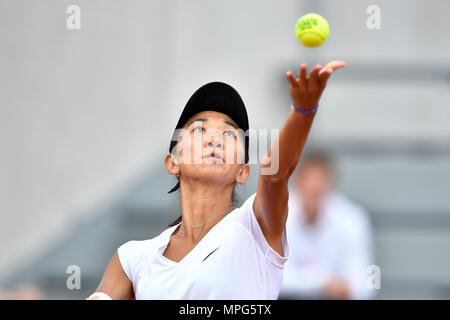 Paris, France. 23rd May, 2018. Lu Jiajing of China serves to Margot Yerolymos of France during the women's singles Qualification 1st round match of French Open in Paris, France on May 23, 2018. Lu lost 0-2. Credit: Chen Yichen/Xinhua/Alamy Live News - Stock Photo