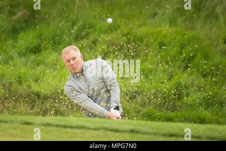 Wentworth, UK. 23th May 2018. Wentworth Golf Club, UK. 23rd May 2018. Paul Scholes during the Pro Am ahead of the BMW PGA Championship at Wentworth Golf Club on May 23, 2018 in Surrey, England Credit: Paul Terry Photo/Alamy Live News - Stock Photo