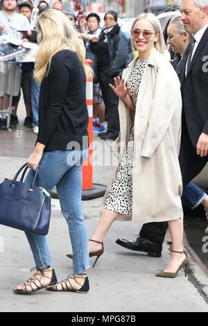 New York, USA. 23rd May 2018. British actress Emilia Clarke is seen arriving on Good Morning America television in the Times Square area of New York in the United States this Wednesday, 23. (PHOTO: WILLIAM VOLCOV/BRAZIL PHOTO PRESS) Credit: Brazil Photo Press/Alamy Live News - Stock Photo
