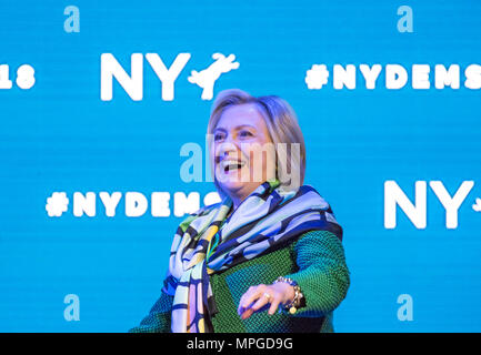 Hempstead, New York, USA. 23rd May, 2018. HILLARY CLINTON goes on stage to deliver Keynote Address during Day 1 of New York State Democratic Convention, held at Hofstra University on Long Island. Clinton, the former First Lady and NYS Senator, endorsed the re-election of Gov. A. Cuomo for a third term, and mentioned how Hofstra was the site of her first 2016 debate with Trump. Credit: Ann Parry/ZUMA Wire/Alamy Live News - Stock Photo