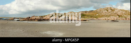 Rocky islands and boats from isle of Mull ferry terminal, Scotland - Stock Photo