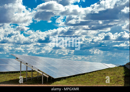 DE AAR, SOUTH AFRICA - Wednesday 16 March 2016, the largest solar farm in the Southern Hemisphere by Solar Capital outside De Aar. - Stock Photo