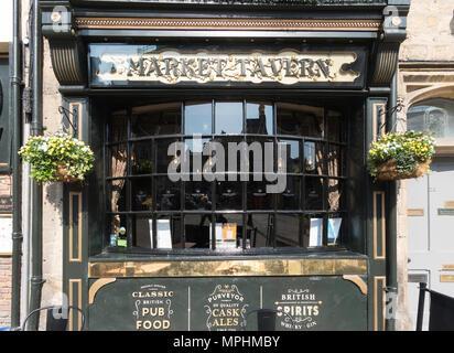 The Market Tavern pub within the market place in Durham City, Co. Durham, England, UK - Stock Photo