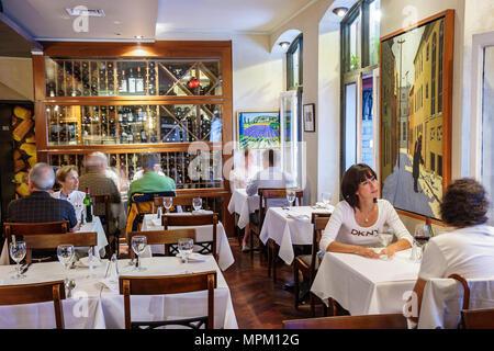 Quebec City Canada Lower Town Rue du Sault au Matelot L'Echaude Restaurant tables dining - Stock Photo