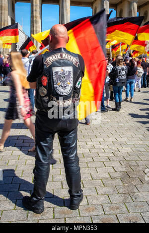Berlin Mitte, Hundreds of Bikers protest at the Brandenburg Gate for protection of Women, Children and Old People in Germany. - Stock Photo