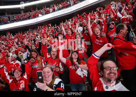 Washington, DC, USA. 23rd May, 2018. Capitals fans react to a goal during Game 7 for the Eastern Cup against the Tampa Bay lightning. Credit: Armando Gallardo/SOPA Images/ZUMA Wire/Alamy Live News - Stock Photo