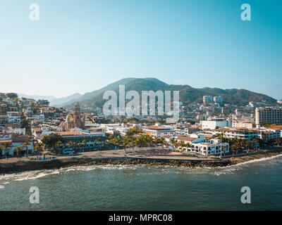 Mexico, Jalisco, Puerto Vallarta, Old town, Church of Our Lady of Guadalupe and El Malecon boardwalk - Stock Photo