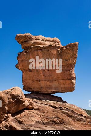 Balanced Rock, Garden Of The Gods, Colorado Springs, Colorado, USA. - Stock Photo