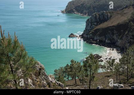 Plage de l'ile Vierge beach, Pointe de Saint-Hernot, Crozon peninsula, Finistère, Brittany, France. - Stock Photo