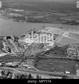 Southampton Docks, Hampshire, 1972. Artist: Aerofilms. - Stock Photo