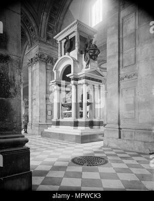 Wellington Monument, St Paul's Cathedral, City of London, c1870-c1900. Artist: York & Son. - Stock Photo