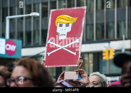 Supporters with protest signs at Title X (Title Ten) gag rule rally in New York City, hosted by Planned Parenthood of New York City on May 24th 2018, reacting the President Trump's attempt to ban Medicaid and federal funding to medical providers who provide full, legal medical information to patients wanting or needing abortion services. - Stock Photo