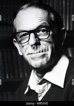 Photograph of Frederick Sanger (1918-2013) a British biochemist and Nobel Prize Laureate in Chemistry. Dated 20th century - Stock Photo