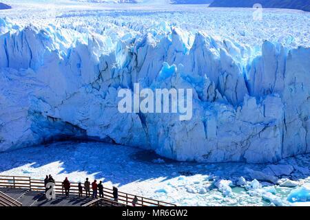 Perito Moreno Glacier Viewing Platform, Parque Nacional Los Glaciares, El Calafate, Santa Cruz Province, Argentina - Stock Photo