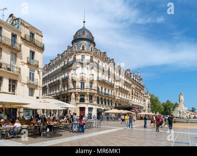 Cafes and restaurants on Place de la Comédie in the old town centre, Montpellier, Languedoc, France - Stock Photo