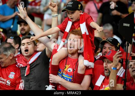 Kiev, Ucrania. 26th May, 2018. Liverpool fans attend the UEFA Champions League final between Real Madrid and Liverpool FC at the NSC Olimpiyskiy stadium in Kiev, Ukraine, 26 May 2018. Credit: Mykola Tys/EFE/Alamy Live News - Stock Photo