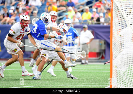 Foxborough, Mass. 26th May, 2018. Duke Blue Devils midfielder Sean Cerrone (13) loses his stick attacking the net during the NCAA Division I Lacrosse semi final between Duke and Maryland, held at Gillette Stadium, in Foxborough, Mass. Duke defeats Maryland 13-8. Eric Canha/CSM/Alamy Live News - Stock Photo