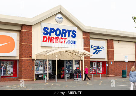 18 May 2018 - Sports Direct store on The Riverside retail park in Warrington, town centre, Cheshire, England, UK - Stock Photo