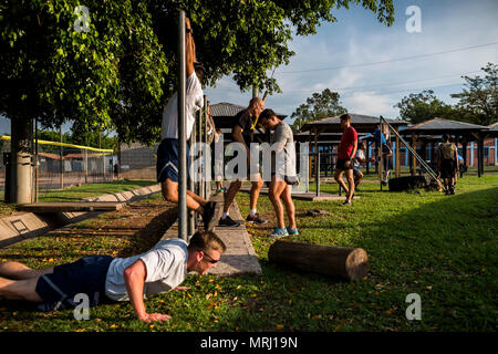 Soldiers and Airman from Joint Task Force - Bravo conduct a fitness 'Murph' Challenge at Soto Cano Air Base, May 25, 2017. (U.S. Air National Guard photo by Master Sgt. Scott Thompson/released) - Stock Photo