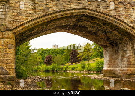 Richmond Castle Yorkshire, Richmond Castle in Richmond, North Yorkshire, Ancient, Arch, Architecture, British, River Swale, Yorkshire dales, Richmond - Stock Photo