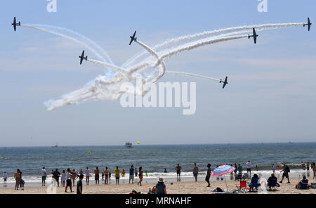 New York, USA. 26th May, 2018. GEICO Skytypers team performs during the 15th annual Bethpage Air Show over the Jones Beach in New York, the United States, on May 26, 2018. Credit: Li Rui/Xinhua/Alamy Live News - Stock Photo