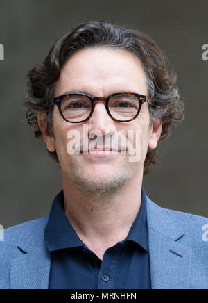 London, UK. 27th May 2018. Actor, Ben Chaplin, leaves the BBC studios after having appeared on 'The Andrew Marr Show'. Credit: TPNews/Alamy Live News - Stock Photo