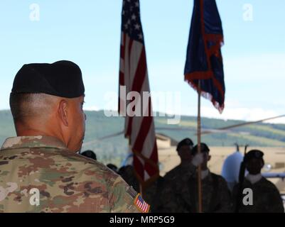 Incoming U.S. Army Alaska Aviation Task Force Commander Col. Glen Heape observes his troops June 29 at the UATF change of command at Fort Wainwright, Alaska. (Photo by Mary M. Rall/U.S. Army Alaska Public Affairs) - Stock Photo